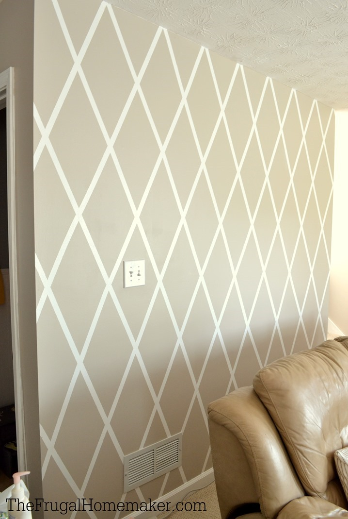 How To Paint A Diamond Accent Wall Using ScotchBlue