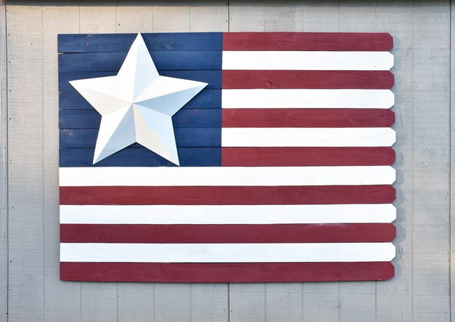 Large Wood Picket American Flag sign-11