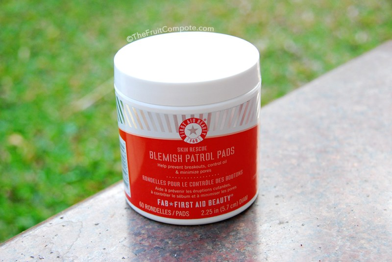 first-aid-beauty-blemish-patrol-pads-review-1