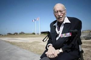 Briefs_Le-jour-J-d-Ernest-Cote-veteran-canadien-centenaire_article_popin_WEB