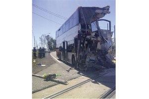 WEB_NEWS_Bus-Crash-CBC-News