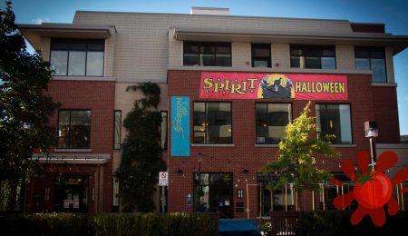 Spirit Halloween banner on Nostalgica