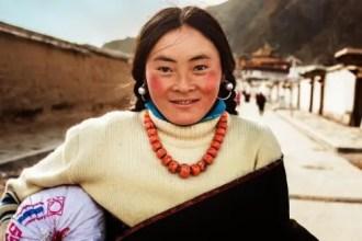 Tibetan woman on pilgrimage