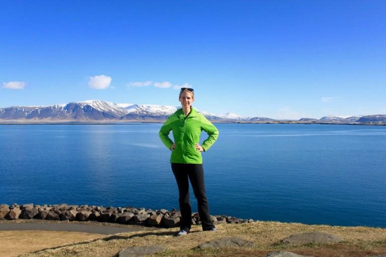 Gwen on Þúfa with mountains behind