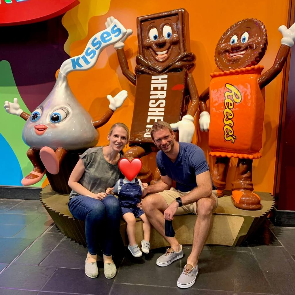 Gwen, E, and M at Hershey Chocolate World