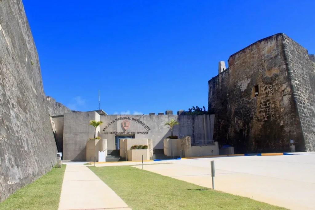 Entrance to Castillo de San Cristóbal