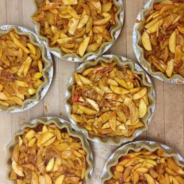Red Bread - Apple Pie