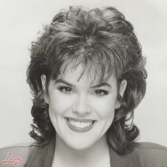 Wedding Entertainment Director® Elisabeth Scott Daley's Professional Acting Headshot from 1995.