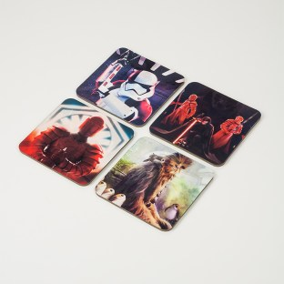 PP3809SW_The_Last_Jedi_Lenticular_Coasters_Lifestyle_3_low_Res-800x800