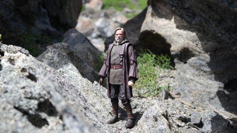 Luke Skywalker-Figuarts-Review-24