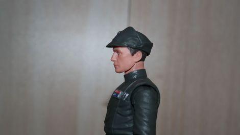 Black-Series-Admiral-Piett-Review-8