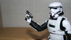 Black-Series-Imperial-Patrol-Trooper-Review-4