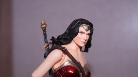 FOTF Mafex Medicom Wonder Woman Review 10