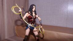 FOTF Mafex Medicom Wonder Woman Review 13