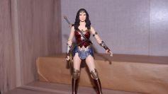 FOTF Mafex Medicom Wonder Woman Review 15