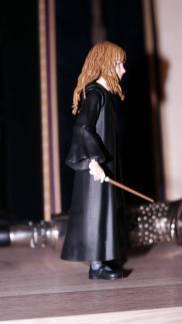 SH-Figuarts-Harry-Potter-Hermione-Granger-Review-1