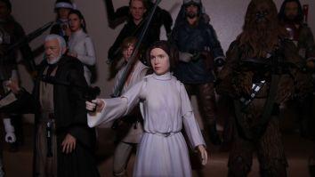 SH-Figuarts-Star-Wars-Princess-Leia-Organa-A-New-Hope-Review-12