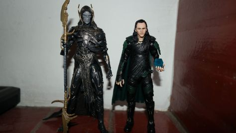 Marvel Legends Review | Loki & Corvus Glaive 2-Pack (Avengers: Infinity War) (Exclusive)