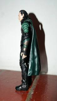 Marvel_Legends_Corvus_Glaive_and_Loki_Review_21