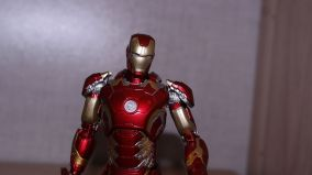 S.H Figuarts Iron Man (Avengers Age of Ultron) Review 5
