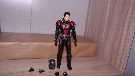 S.H Figuarts Review Ant-Man (Avengers Endgame) 1