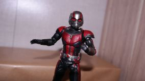 S.H Figuarts Review Ant-Man (Avengers Endgame) 11