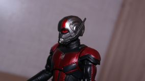 S.H Figuarts Review Ant-Man (Avengers Endgame) 12