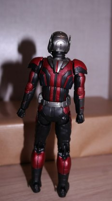 S.H Figuarts Review Ant-Man (Avengers Endgame) 7