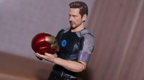 S.H Figuarts Tony Stark Iron Man 3 Review 14