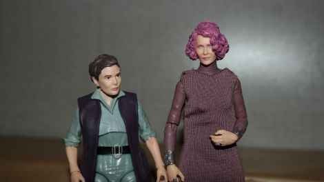Star Wars The Black Series Vice Admiral Holdo Review 13