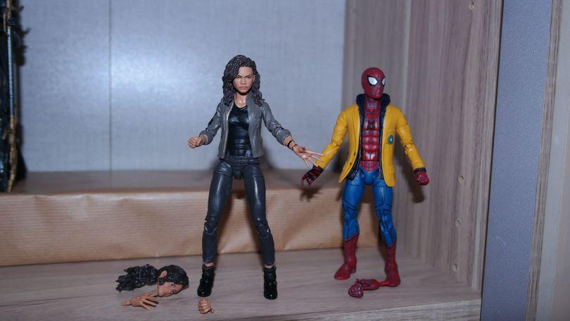 Marvel Legends Review   Spider-Man & MJ (Spider-Man: Homecoming)