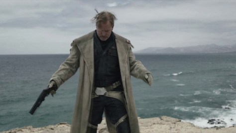 Han_Shoots_Beckett_Solo_A_Star_Wars_Story