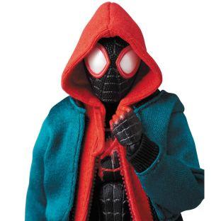 Medicom-MAFEX-Marvel-Miles-Morales-Spider-Man-Into-the-Spider-Verse-Promo-05