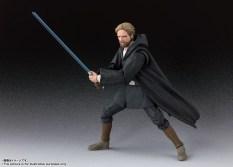 Bandai-Tamashii-Nations-SH-Figuarts-Star-Wars-The-Last-Jedi-Crait-Luke-Skywalker-Promo-01