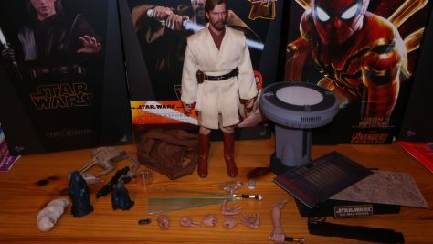 FOTF Hot Toys Obi-Wan Kenobi (Revenge of the Sith Deluxe) Review 6