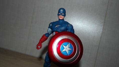 Marvel-Legends-Review-Hasbro-Captain-America-Avengers-Endgame-4