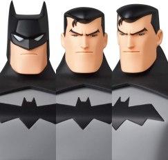 MAFEX TNBA Batman 008