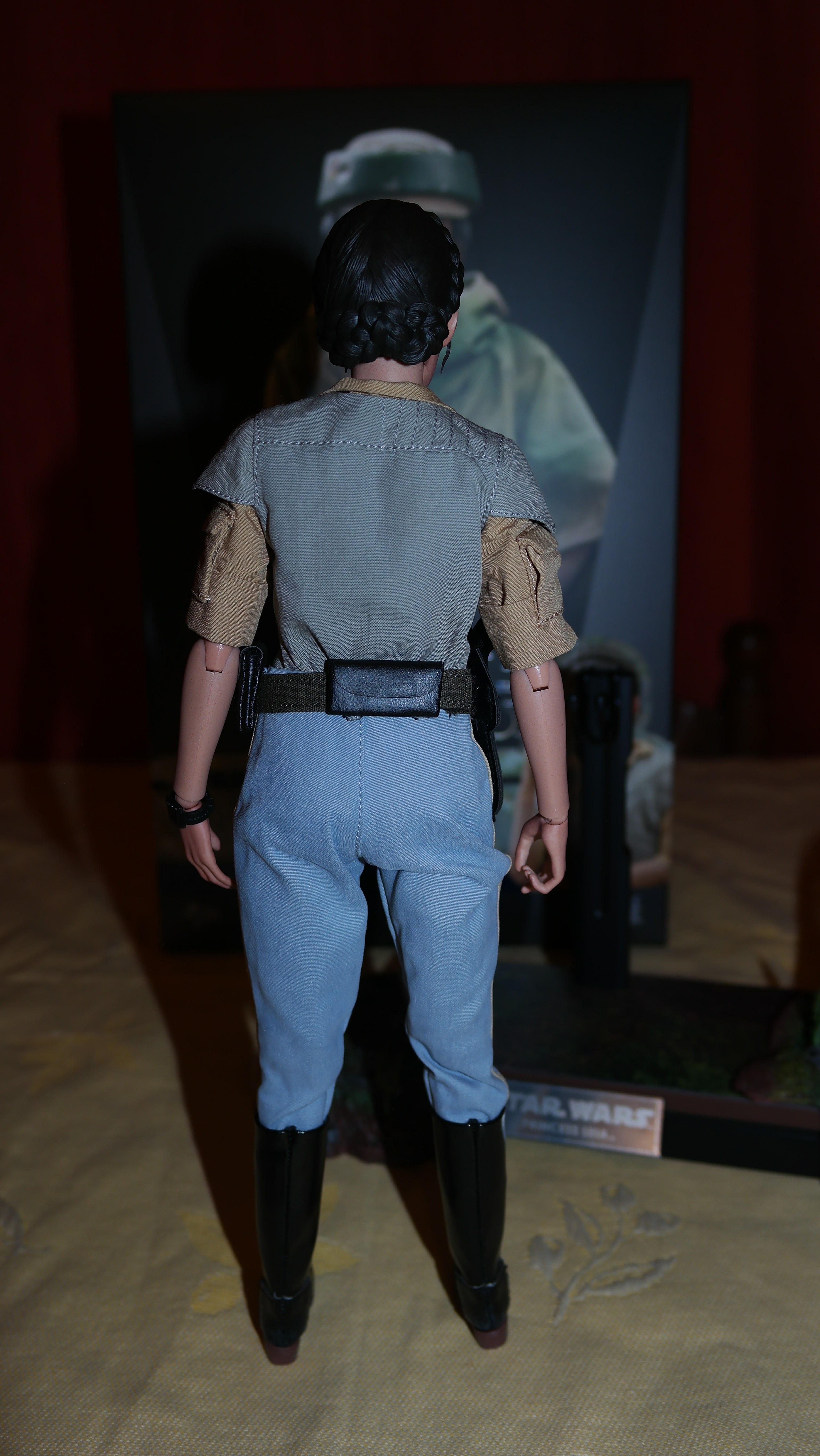 Hot Toys Review Princess Leia Star Wars Return Of The Jedi