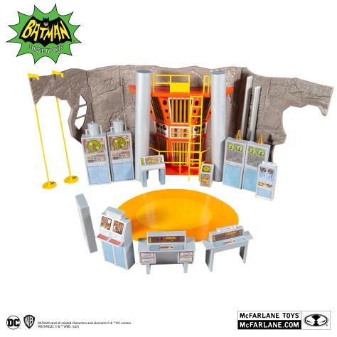 McFarlane Batman The Classic Series Retro Batcave