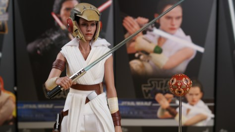 Hot Toys Rey The Rise Of Skywalker