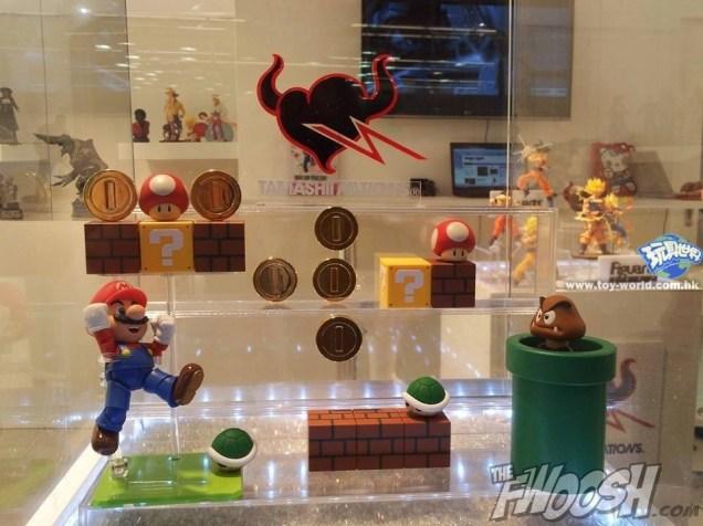 Super Mario Brother S.H. Figuarts 1