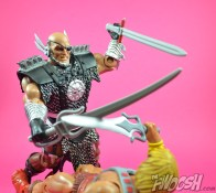 MOTUC-Masters-of-the-Universe-Classics-Blade-Review-vs-he-man-2
