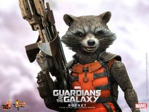 Hot Toys Guardians of the Galaxy Rocket Raccoon 7