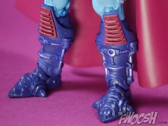 Masters-of-the-Universe-Classics-MOTUC-NA-Intergalactic-Skeletor-Review-feet