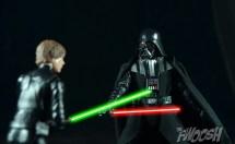 Hasbro-Star-Wars-Black-Series-Darth-Vader-Review-duel-9
