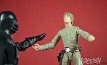 Hasbro-Star-Wars-Black-Series-Darth-Vader-Review-force-lift