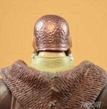 Mattel-Masters-of-the-Universe-Classics-MOTUC-Eldor-Review-close-back