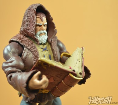 Mattel-Masters-of-the-Universe-Classics-MOTUC-Eldor-Review-with-book