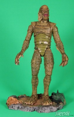 Diamond Select Universal Monsters Creature From The Black Lagoon Base 2