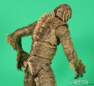 Diamond Select Universal Monsters Creature From The Black Lagoon Close Back